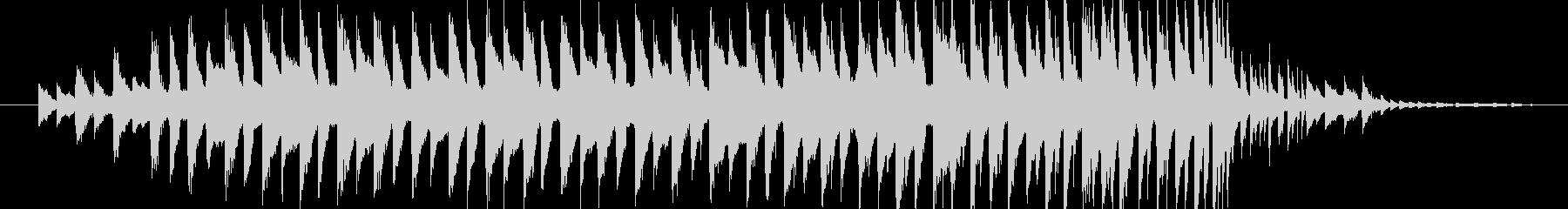 30秒ちょうどの音源です。ピアノとデジ…の未再生の波形
