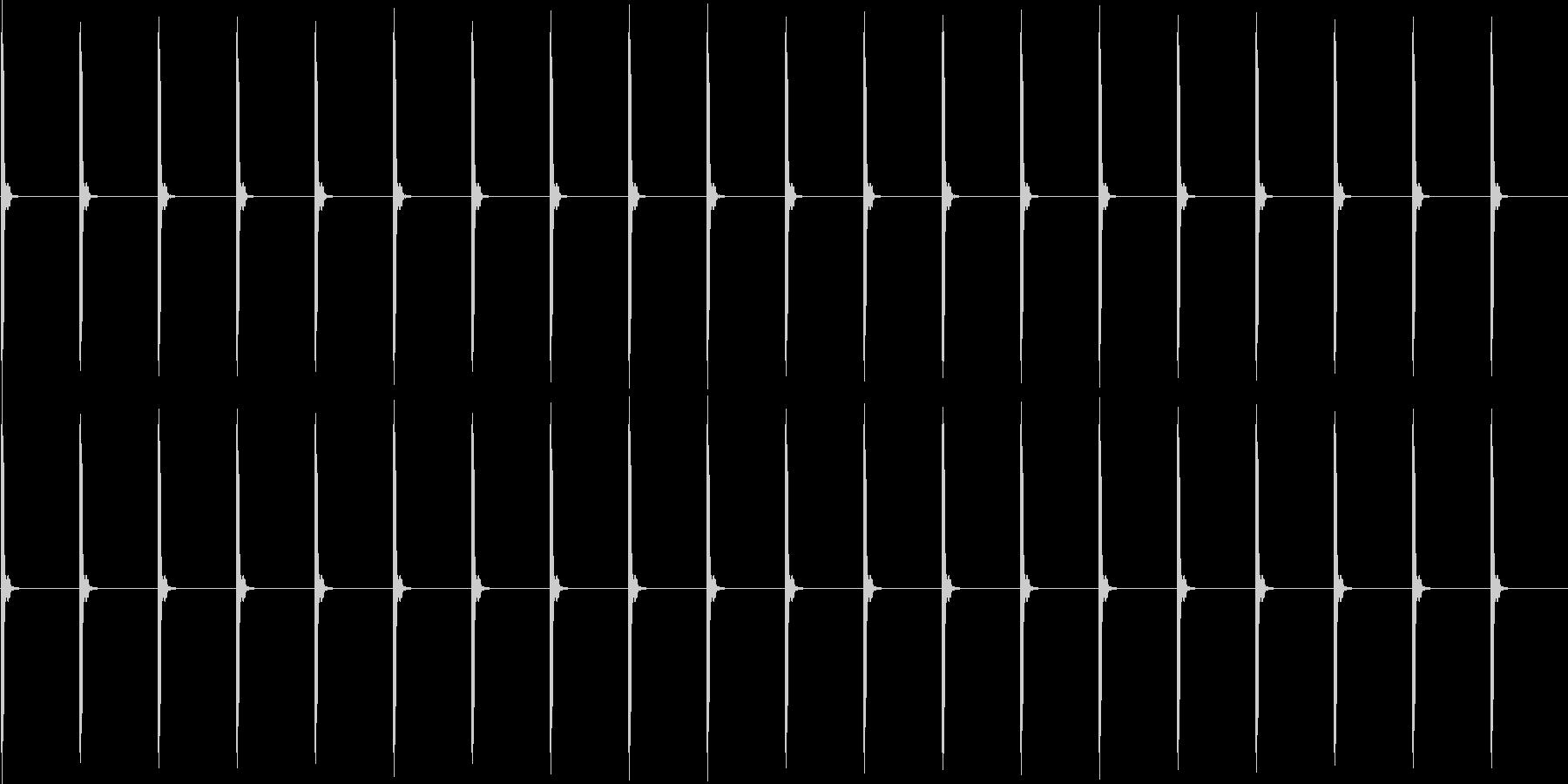 チャッチャッ..。時計の秒針B(長)の未再生の波形