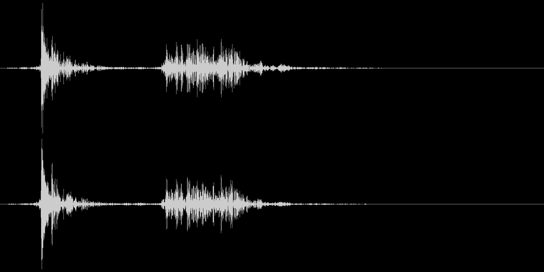 テレビ/ブラウン管 消灯音 カッ、カコンの未再生の波形