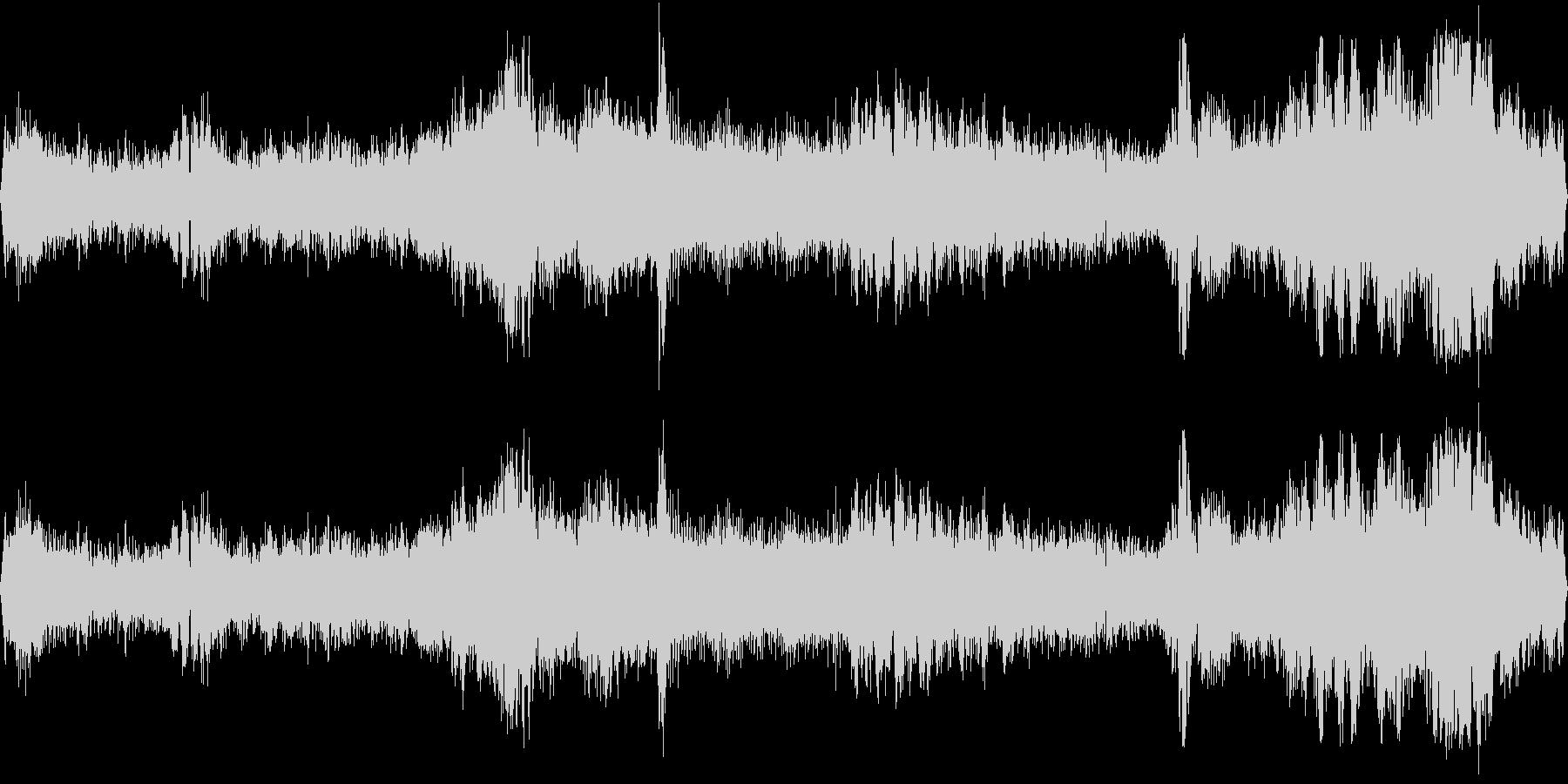 交差点(環境音)の未再生の波形