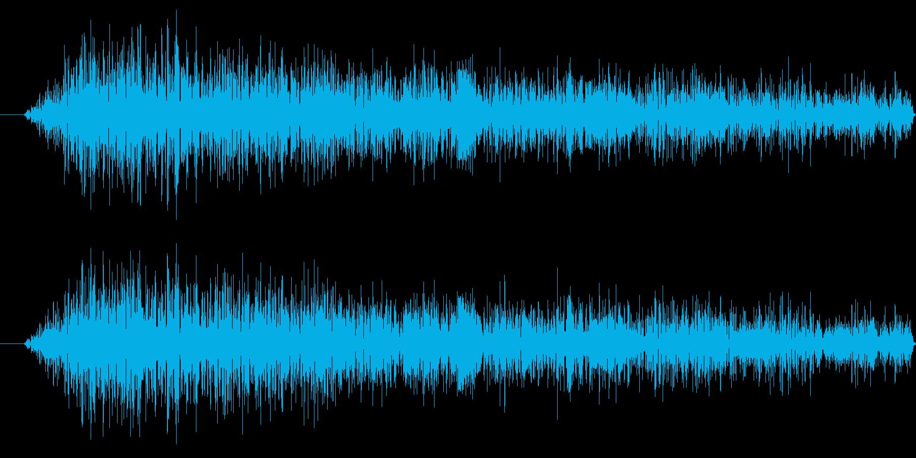 虫の鳴き声の再生済みの波形