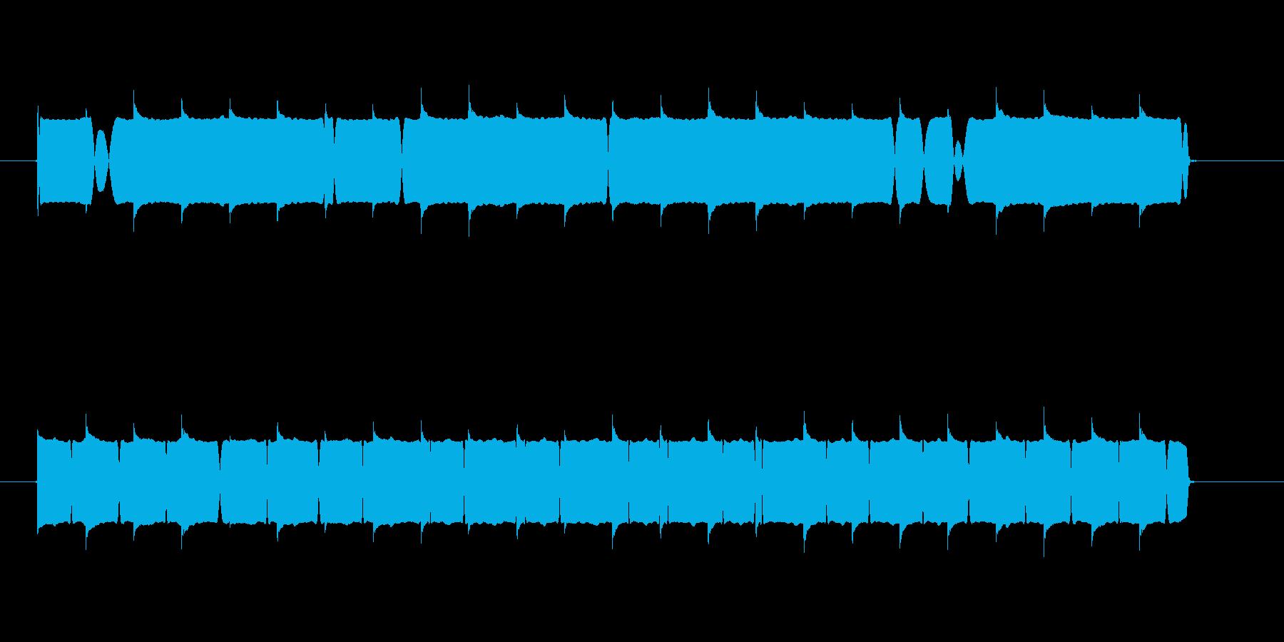低めの音質のサイレン音の再生済みの波形