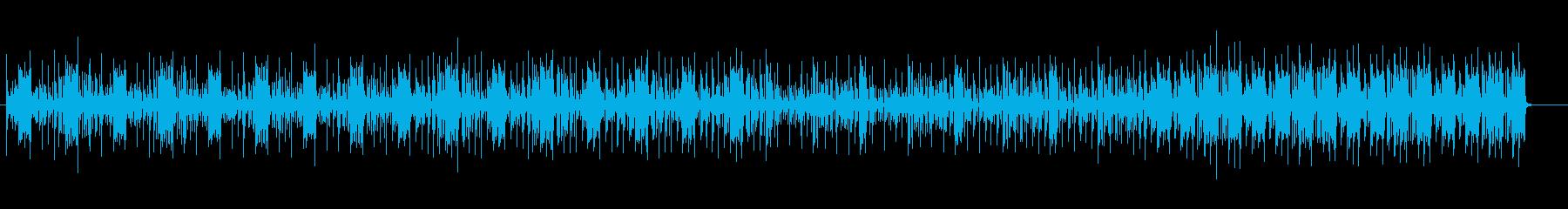 重低音が響く空間的なテクノの曲の再生済みの波形
