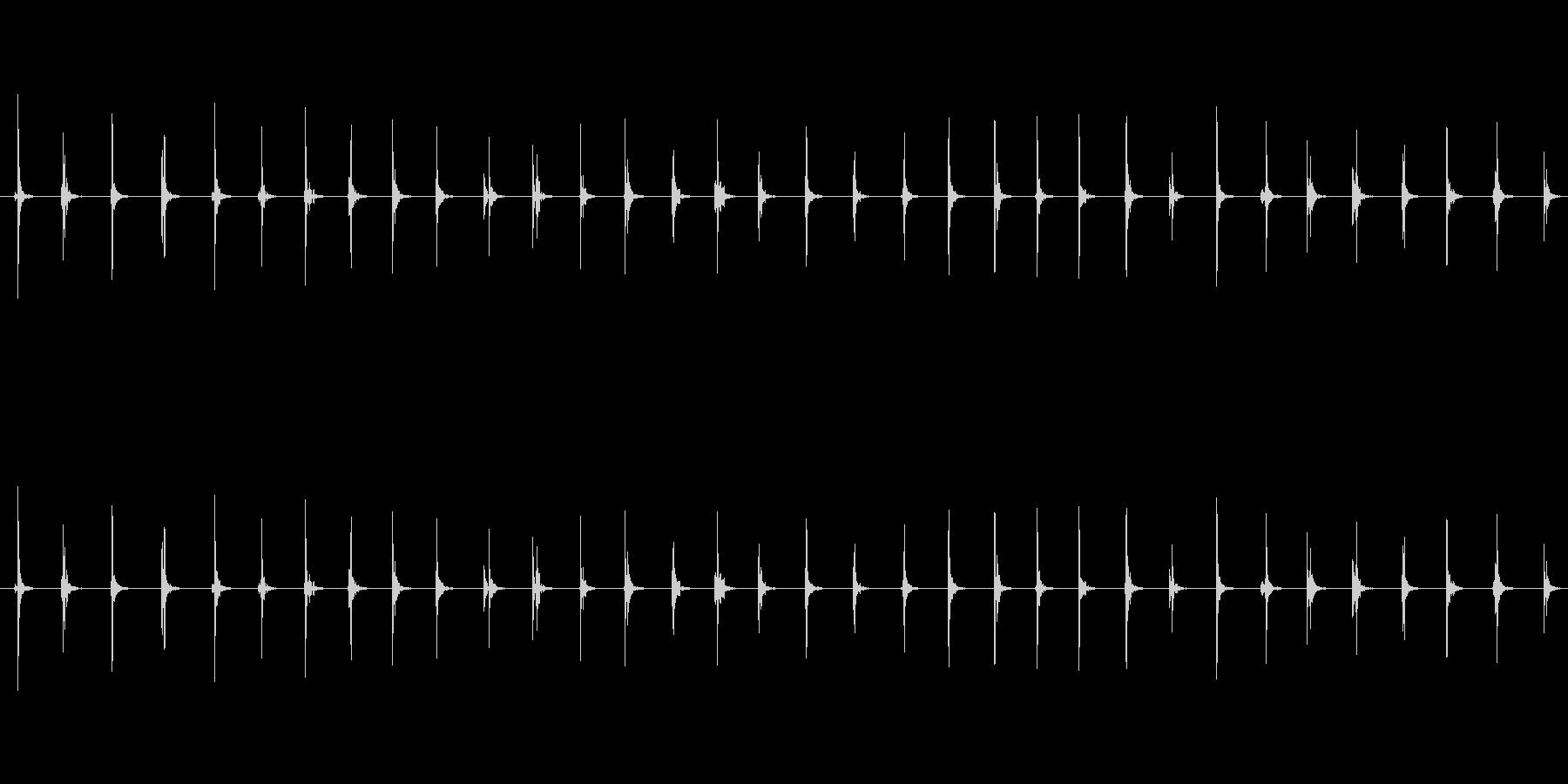 【足音03-2L】の未再生の波形