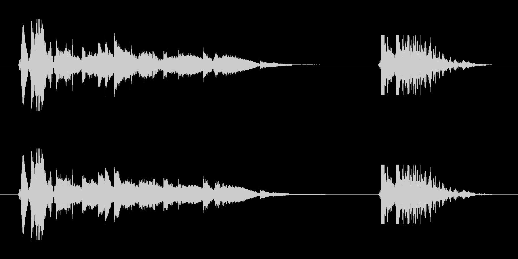 音の鳴るドアの開閉音の未再生の波形