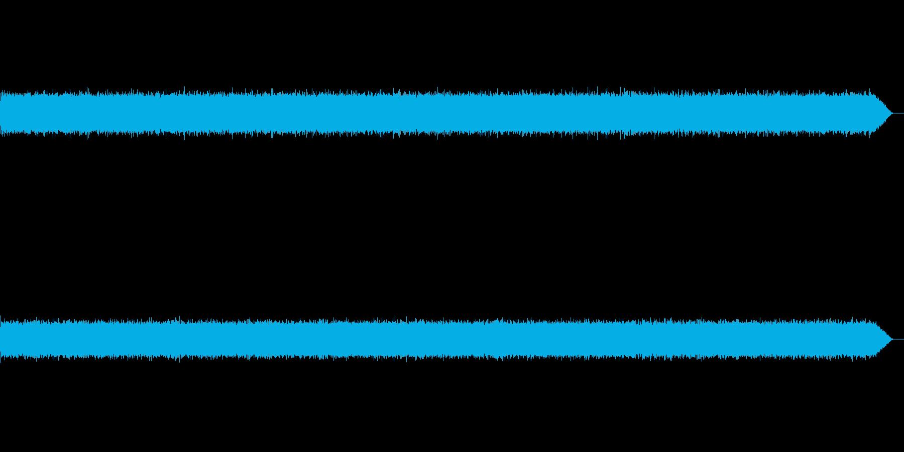 ザーーー(テープノイズ-01-重め)の再生済みの波形
