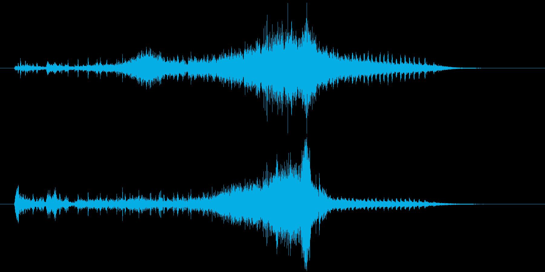 自然の音と電子音が融合したサウンドロゴの再生済みの波形