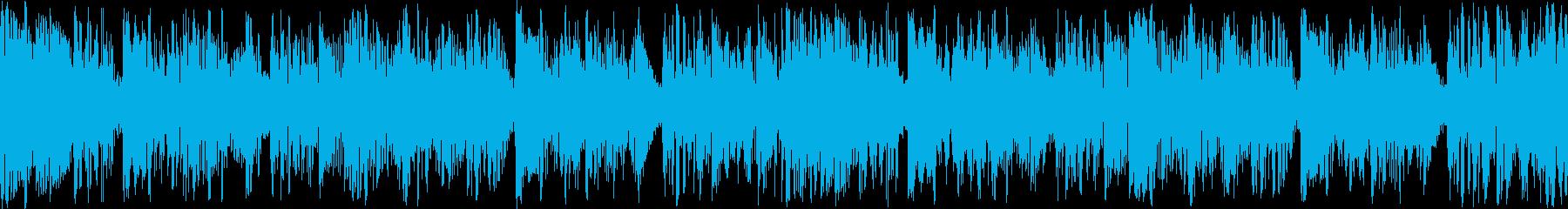 緊迫感のある4つ打ちループBGMの再生済みの波形