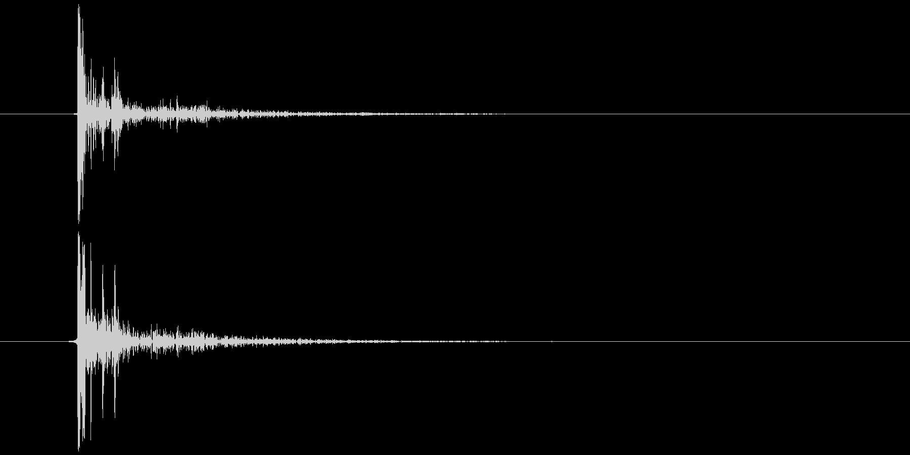 静電気、電気電流が走る(チッ) Aの未再生の波形