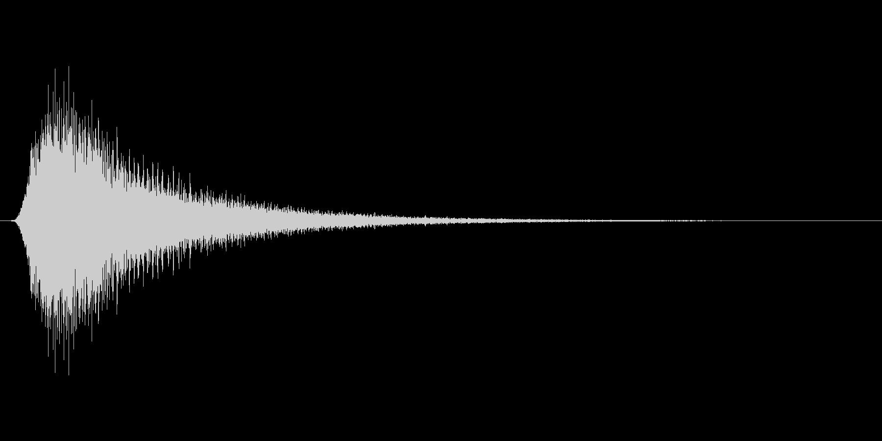 レーシングカーが高速で通過するような音の未再生の波形