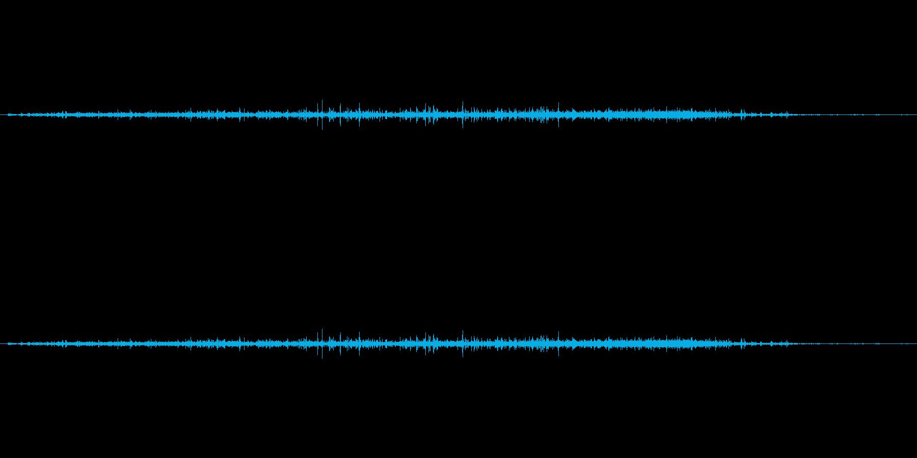 【生音】ザー(さらさら)粒が落下流れる音の再生済みの波形