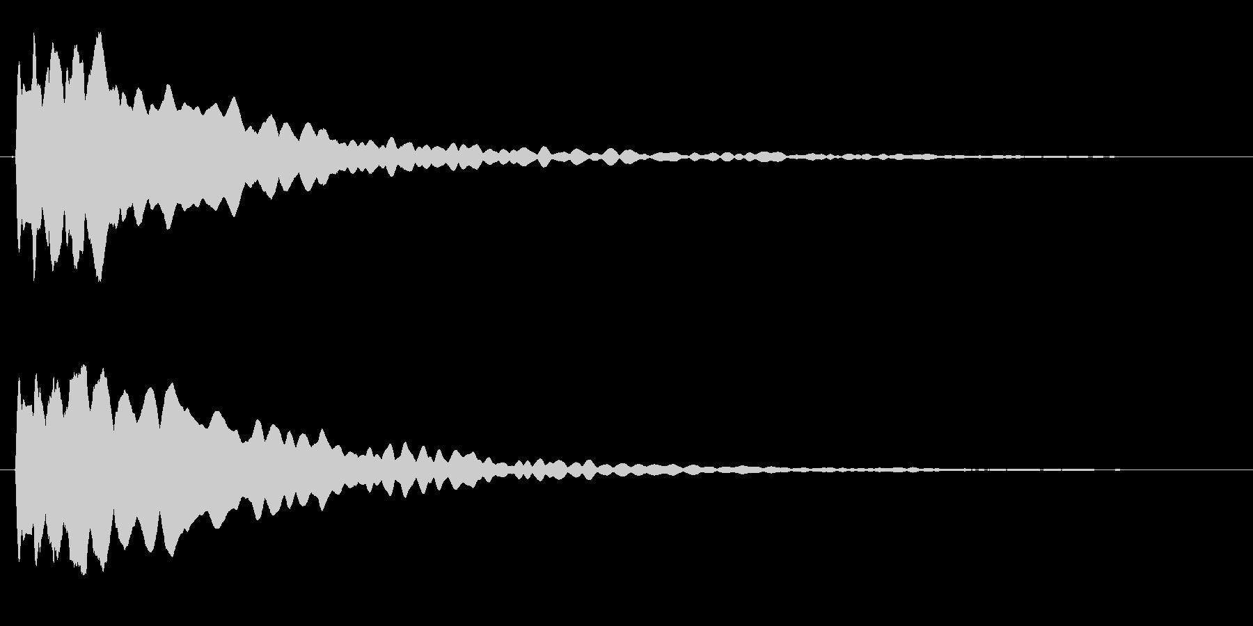 キーン(透明でキレの良い高音)の未再生の波形