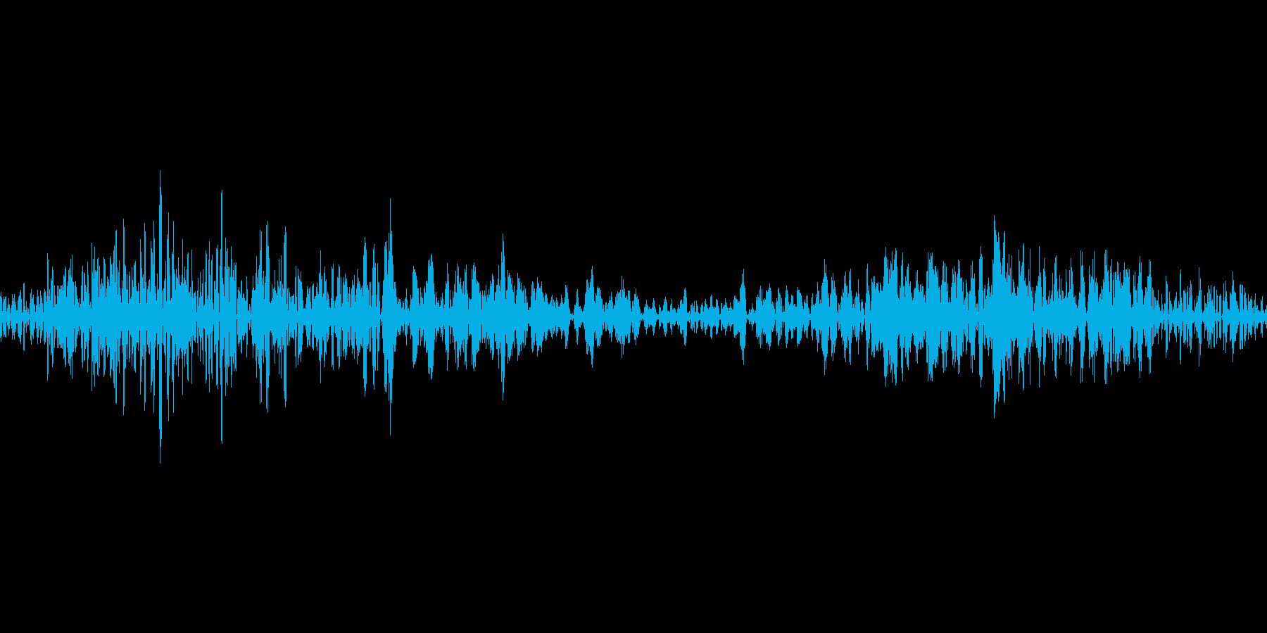 カシュッ(食べる音などの再生済みの波形