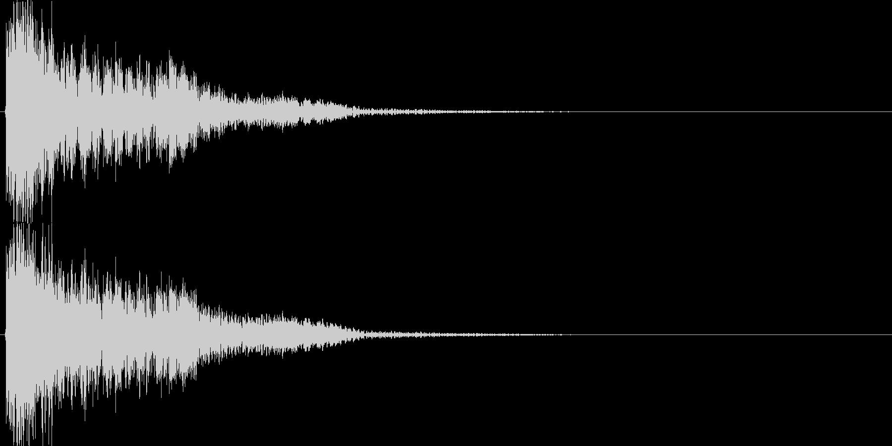 ゴーン(大剣VS硬い金属、重い)の未再生の波形