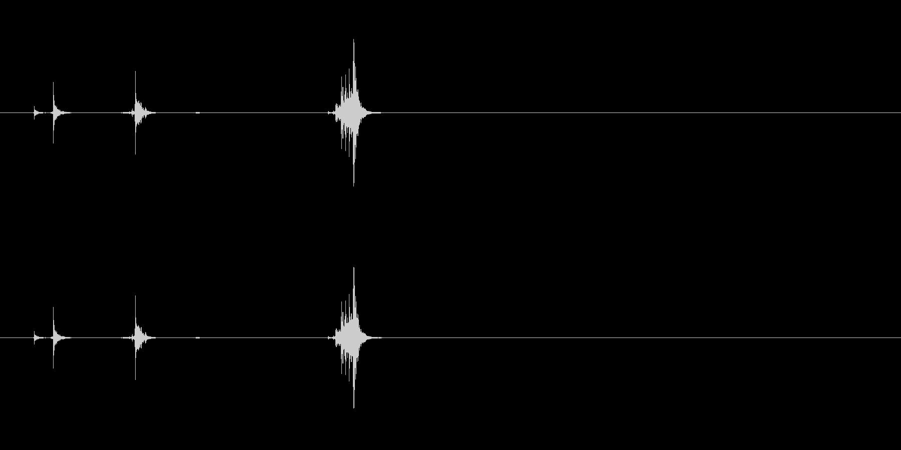 【南京錠01-鍵 挿す2】の未再生の波形