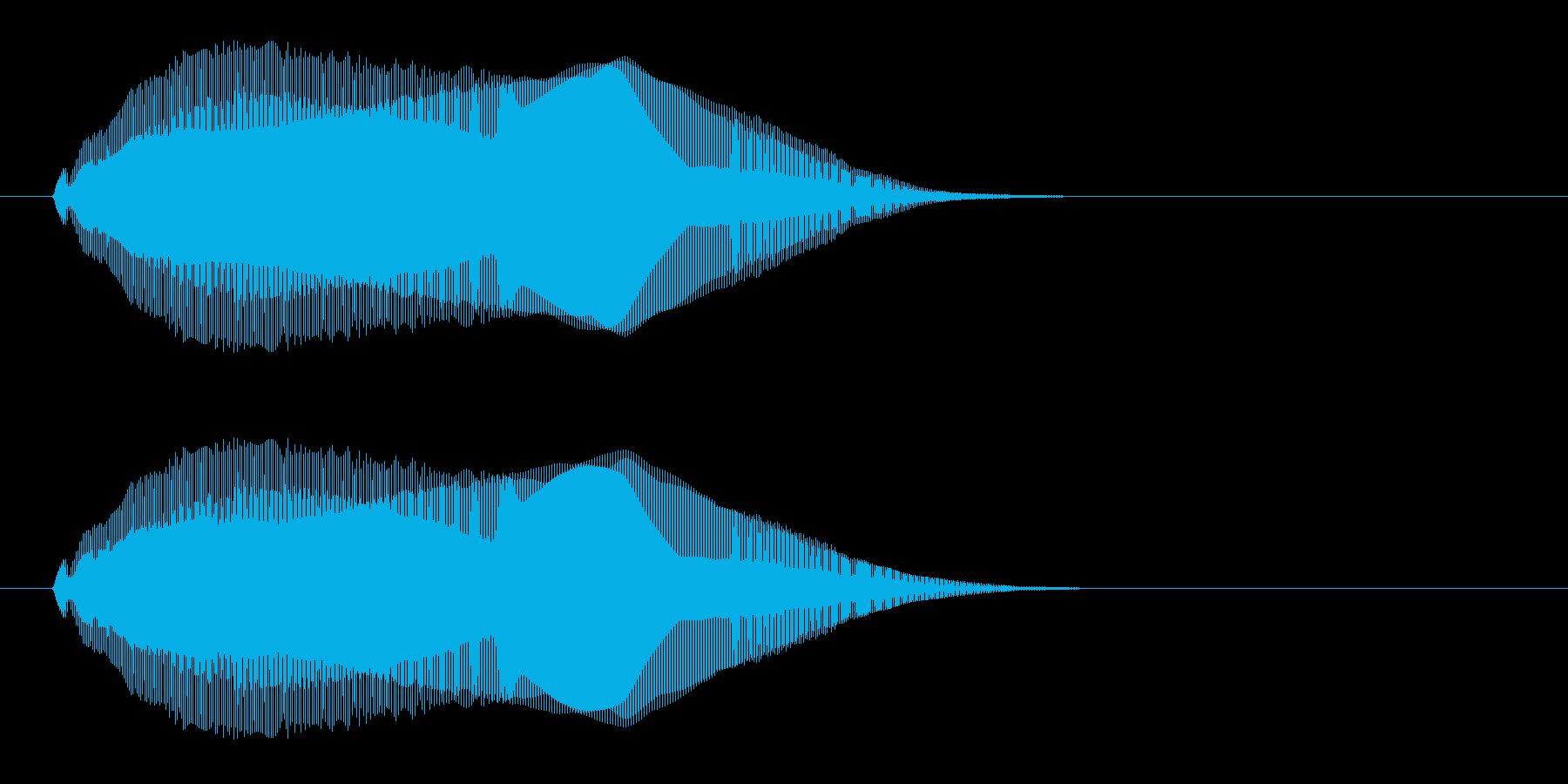 チュイッという瞬間の音の再生済みの波形