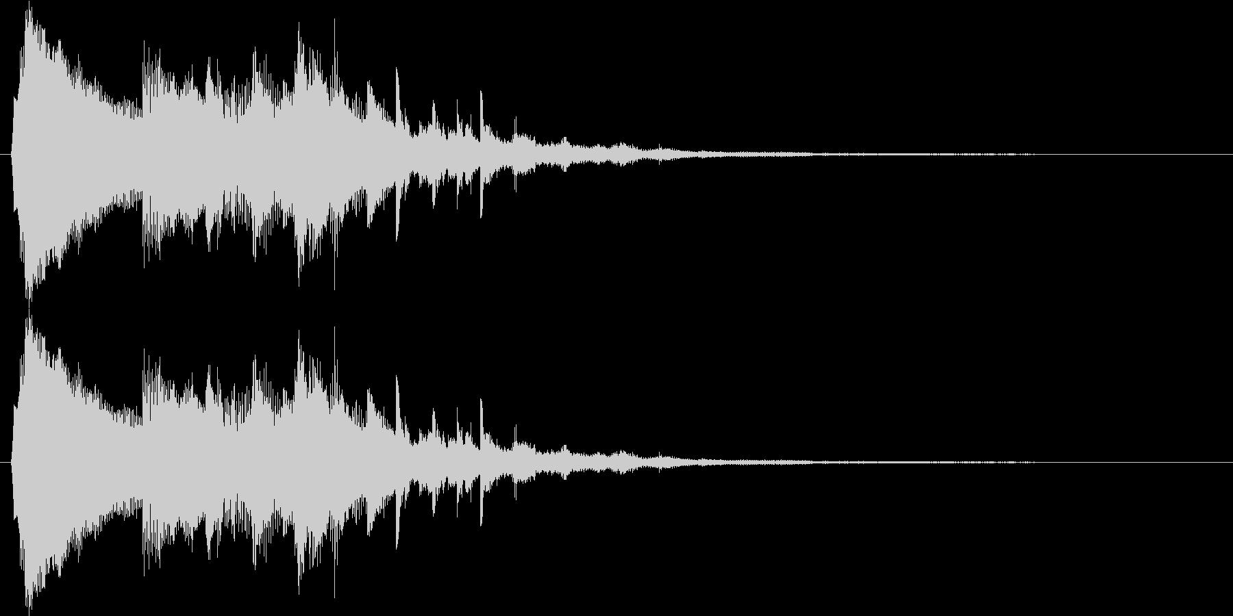 キラキラとしたベルのスタート音の未再生の波形