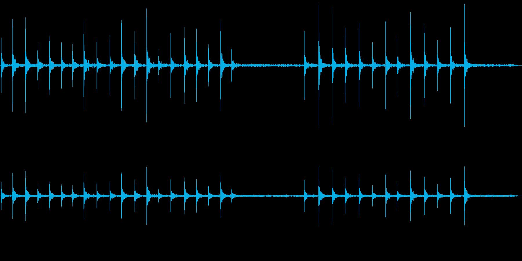 カツカツカツカツ(連続する乾いた音)の再生済みの波形