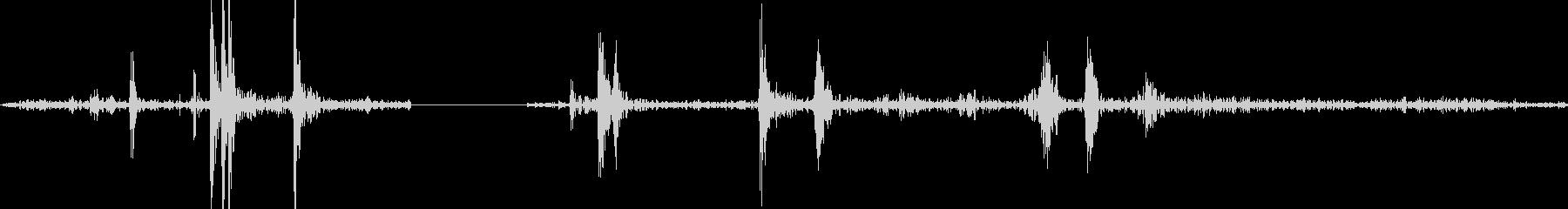カシャッ(カメラシャッター音の未再生の波形