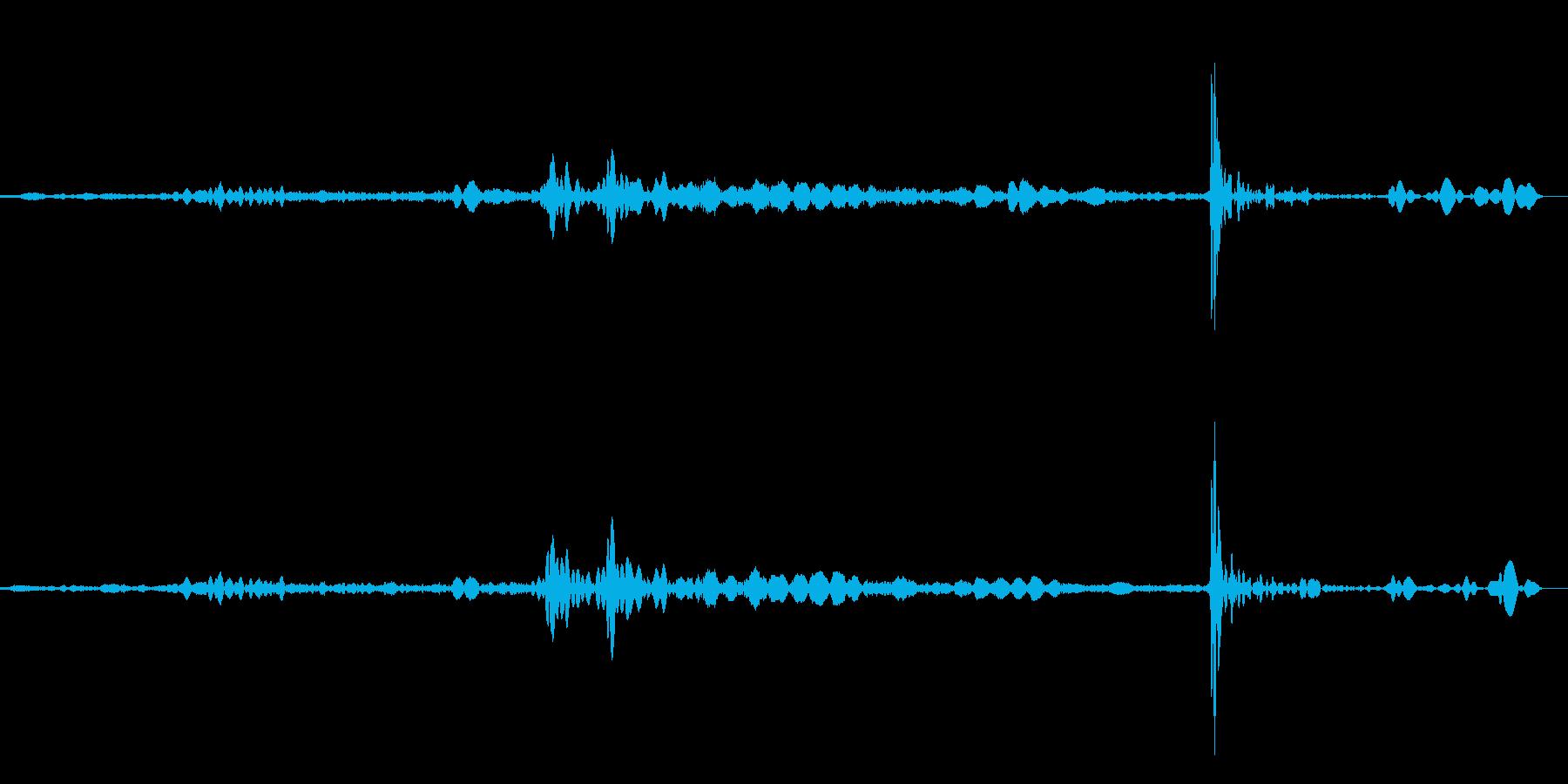 扉、ふすまなど、「ス~ッ、トン」と横す…の再生済みの波形