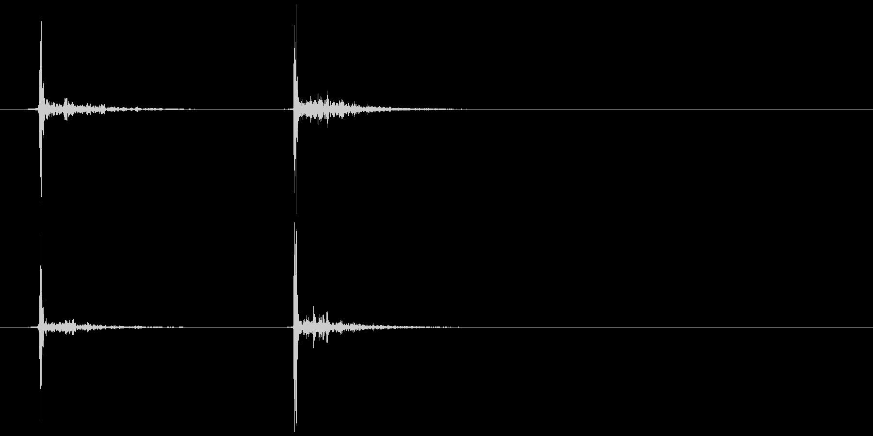 ボールペン (ノック)カチッの未再生の波形