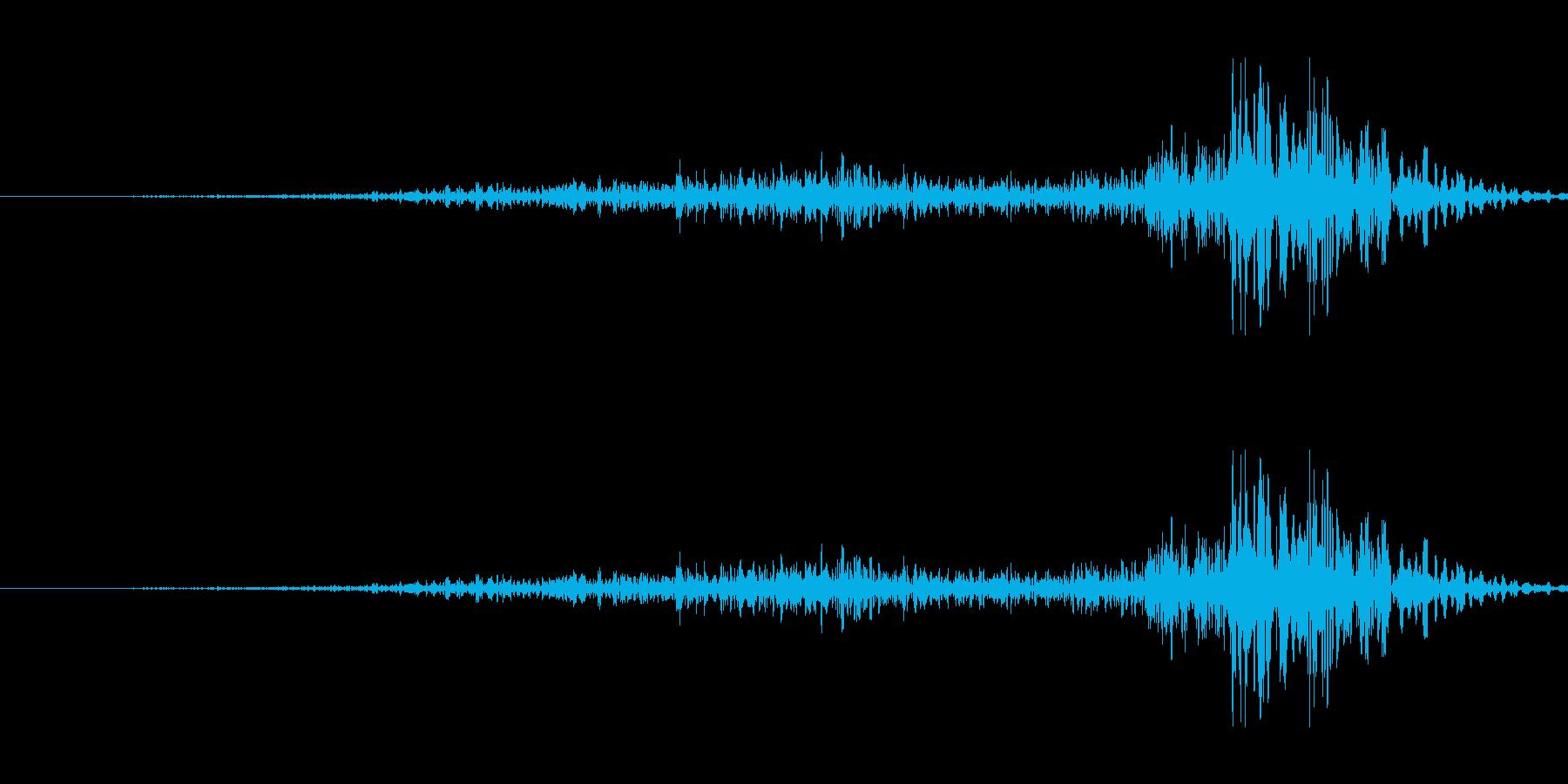 引き出しを閉める音の再生済みの波形