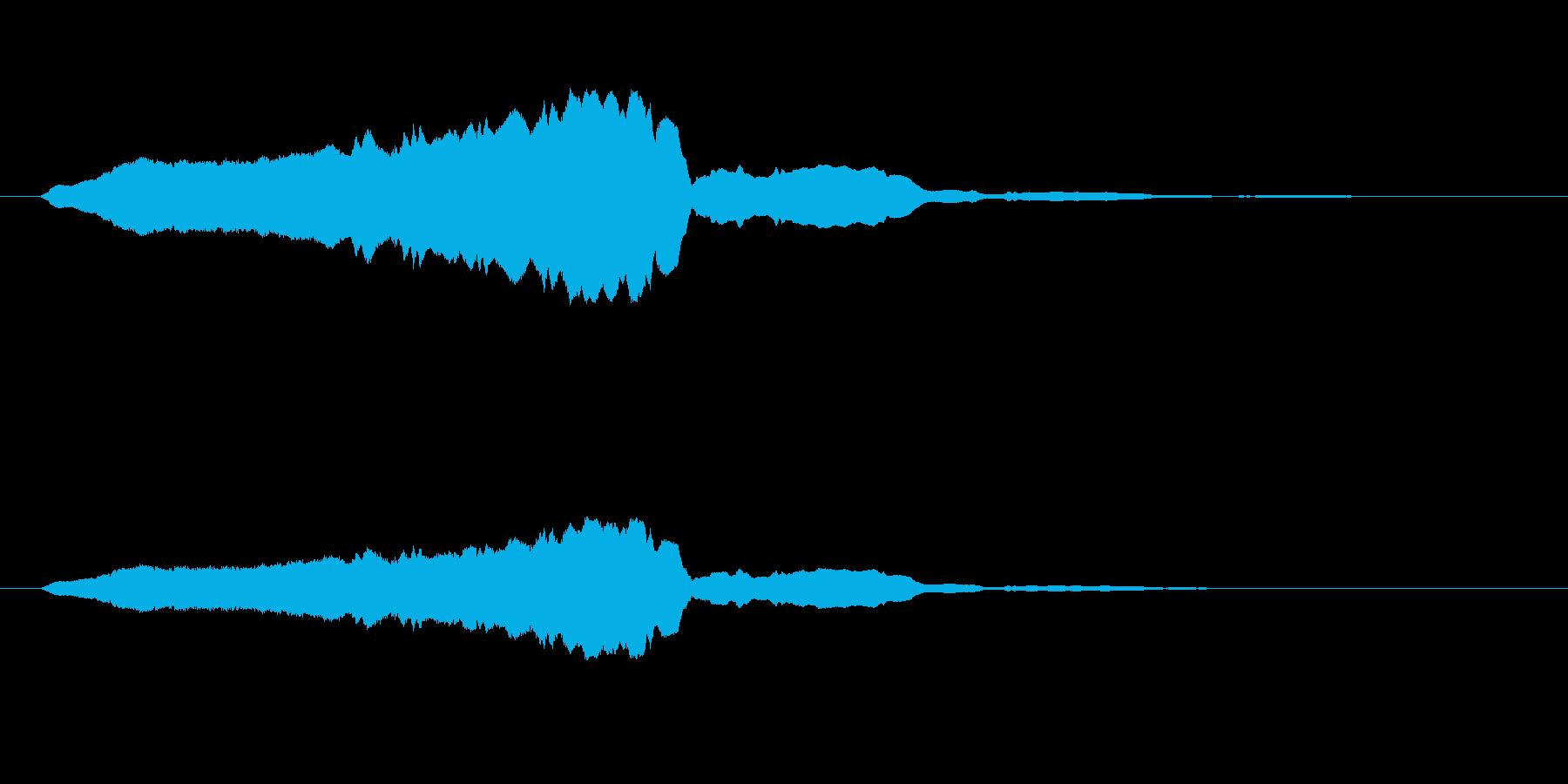 【ブーン】という蚊が飛ぶ音の再生済みの波形