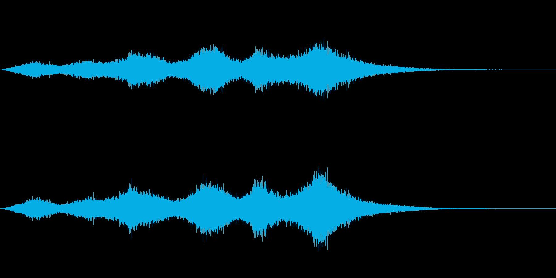 「ザザ〜ッサブ〜ン」大海原の大波のSEの再生済みの波形