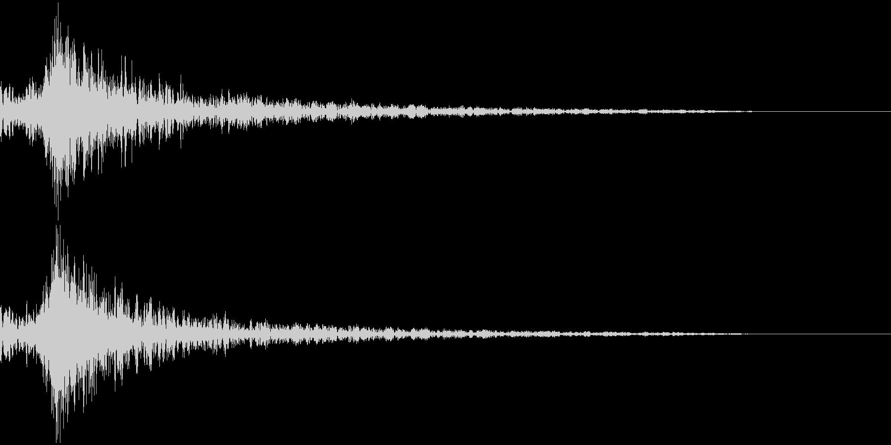打撃音・爆発音・ヒット5-ヒュードーンッの未再生の波形
