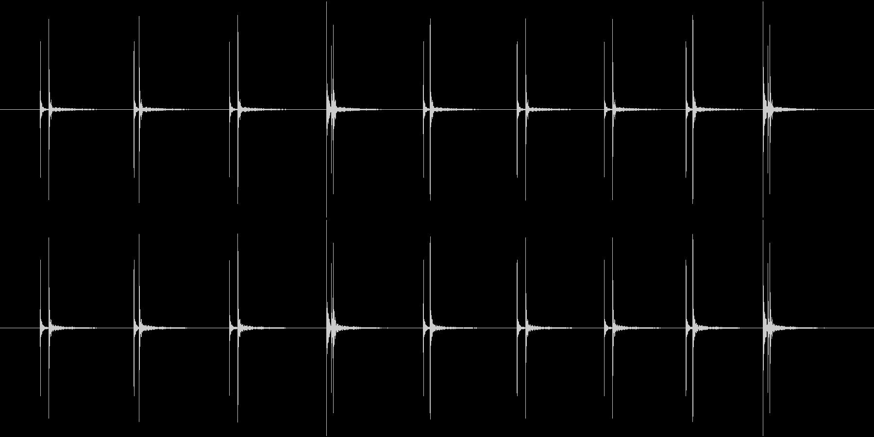 水滴が落ちる音(ループ素材)の未再生の波形