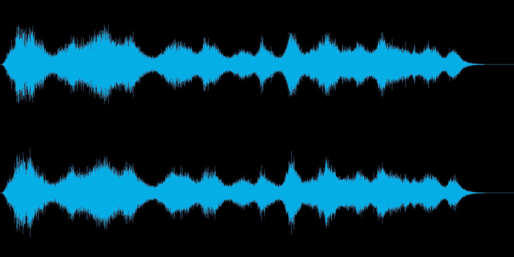 身の回りを物が高速移動する様なイメージの再生済みの波形
