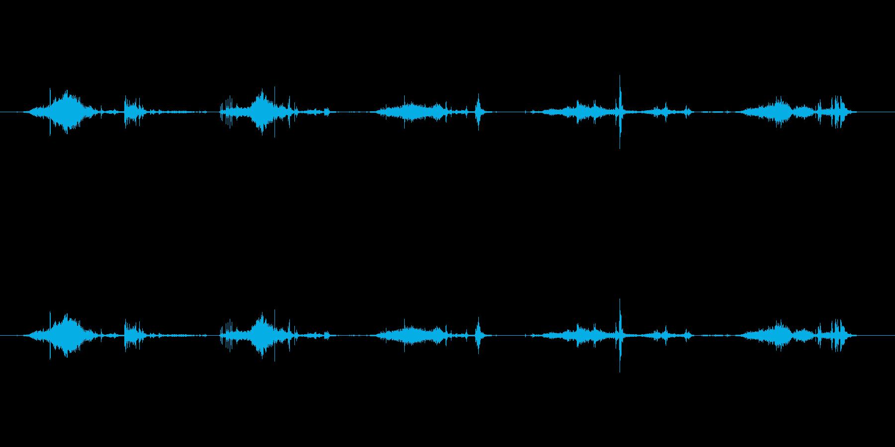 【雑誌01-3(めくる)】の再生済みの波形