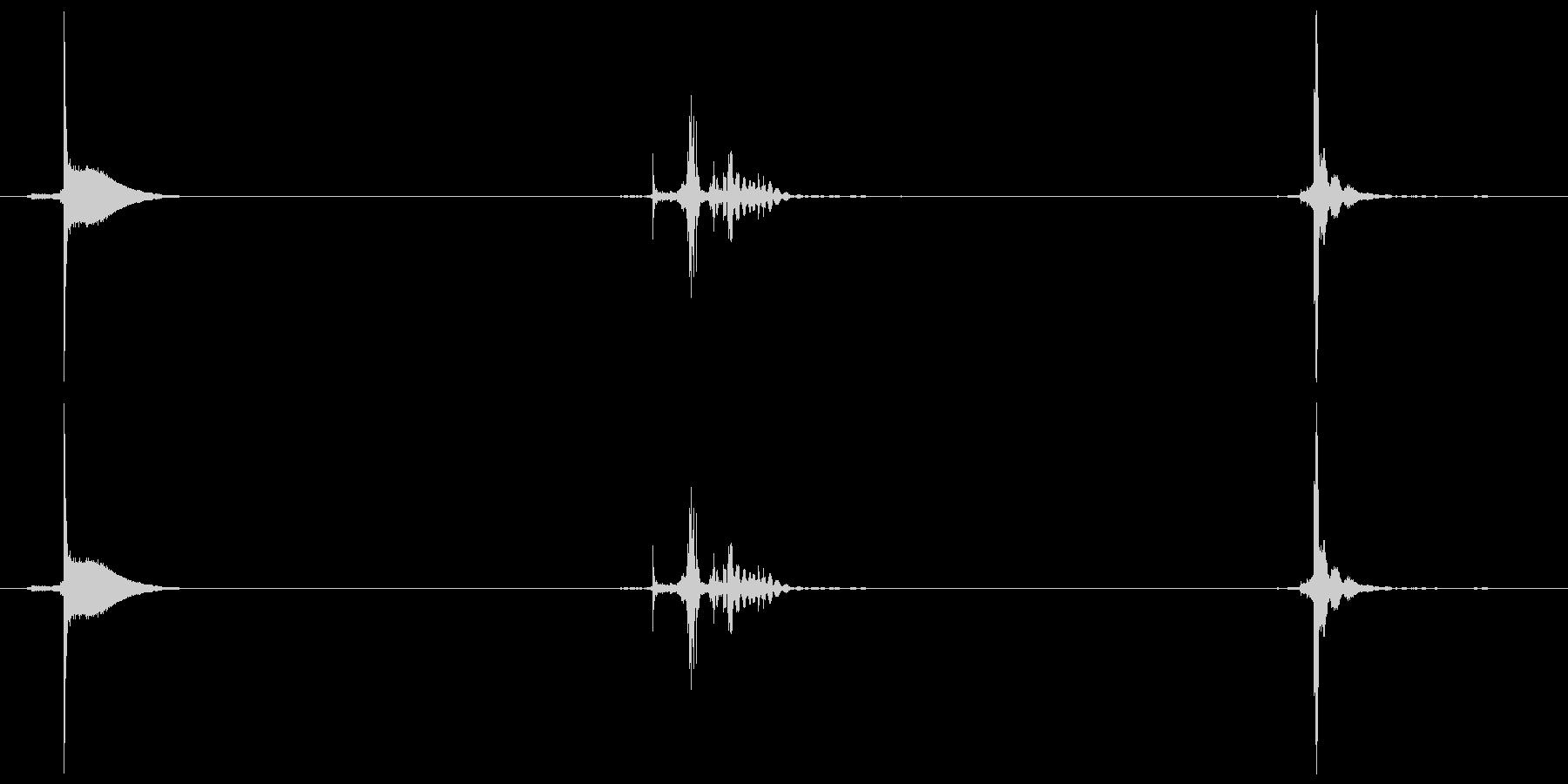 ジッポーの音(開く、着火、閉じる)の未再生の波形