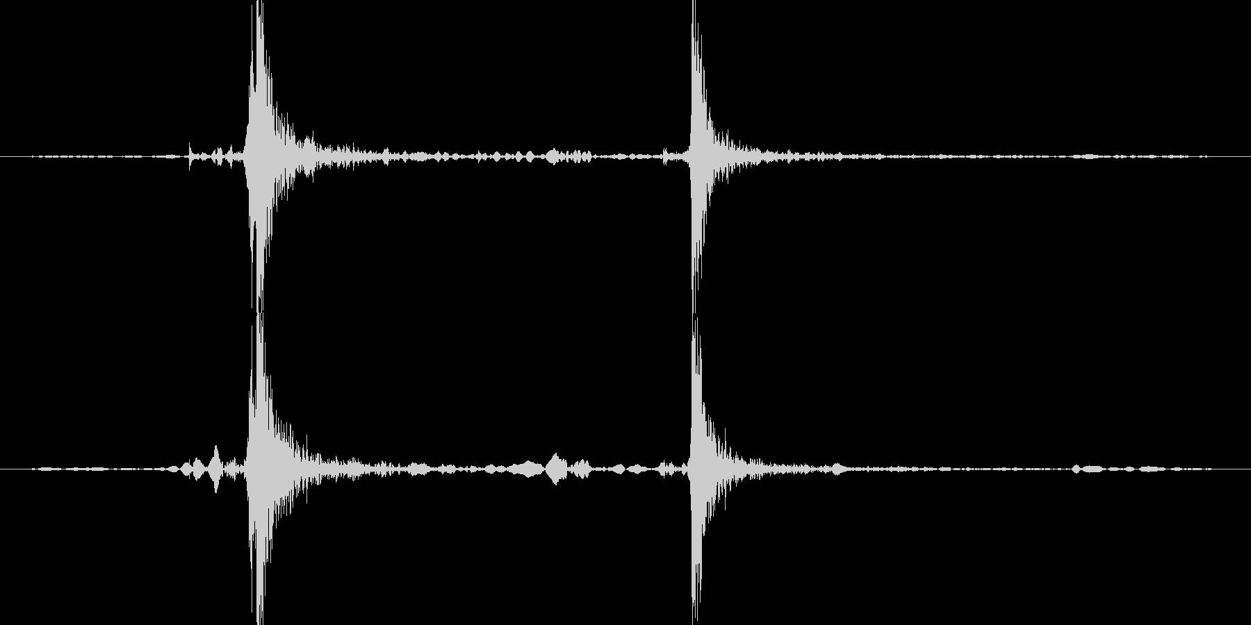 カセットデッキのスイッチをオフにした時の未再生の波形