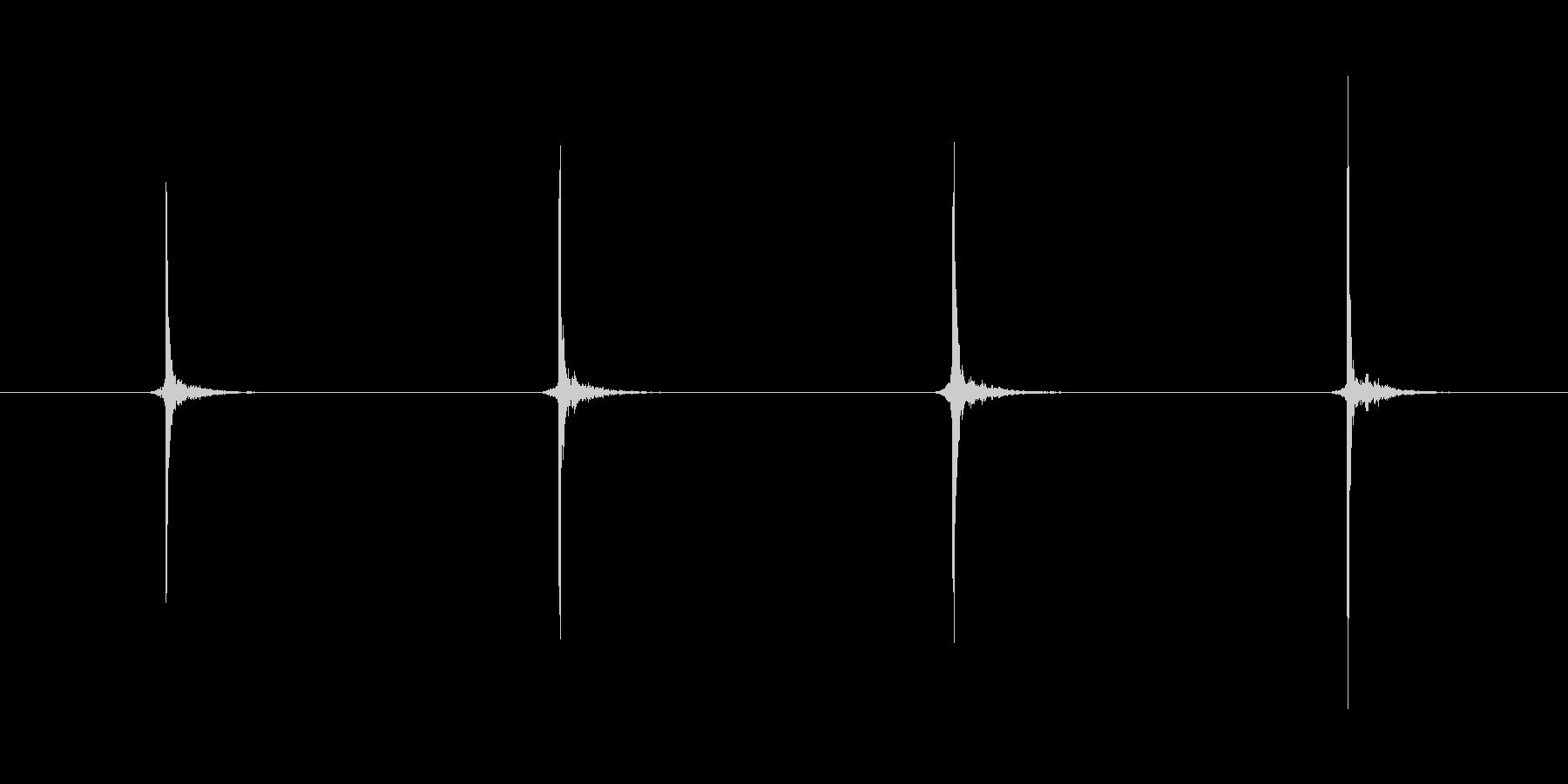 ドラムスティックカウント4(モノラル)の未再生の波形