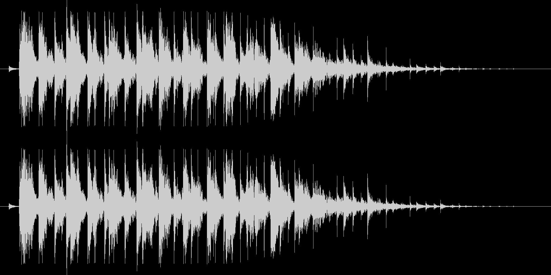決定音(長めの、木琴のような音)の未再生の波形
