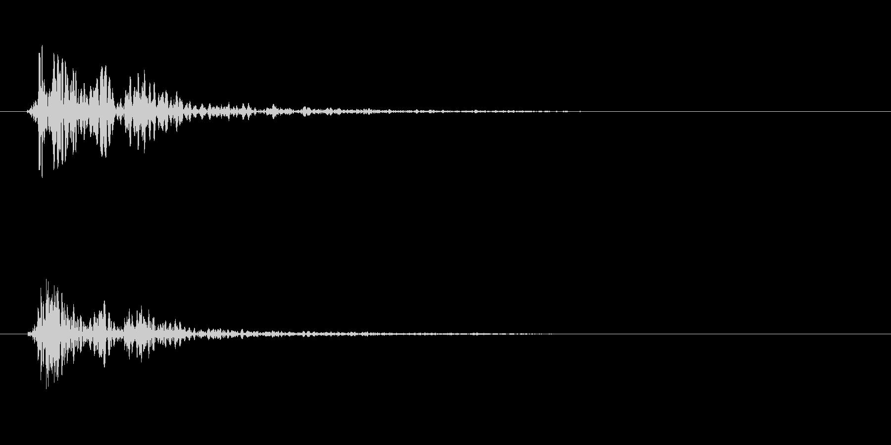 トン(叩く音色)やや強めの未再生の波形