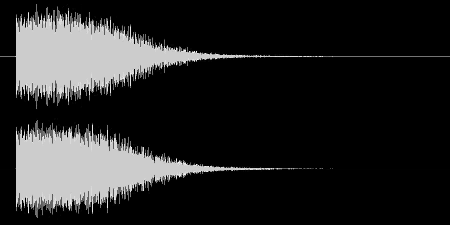 ピシャーン(落雷の音)の未再生の波形