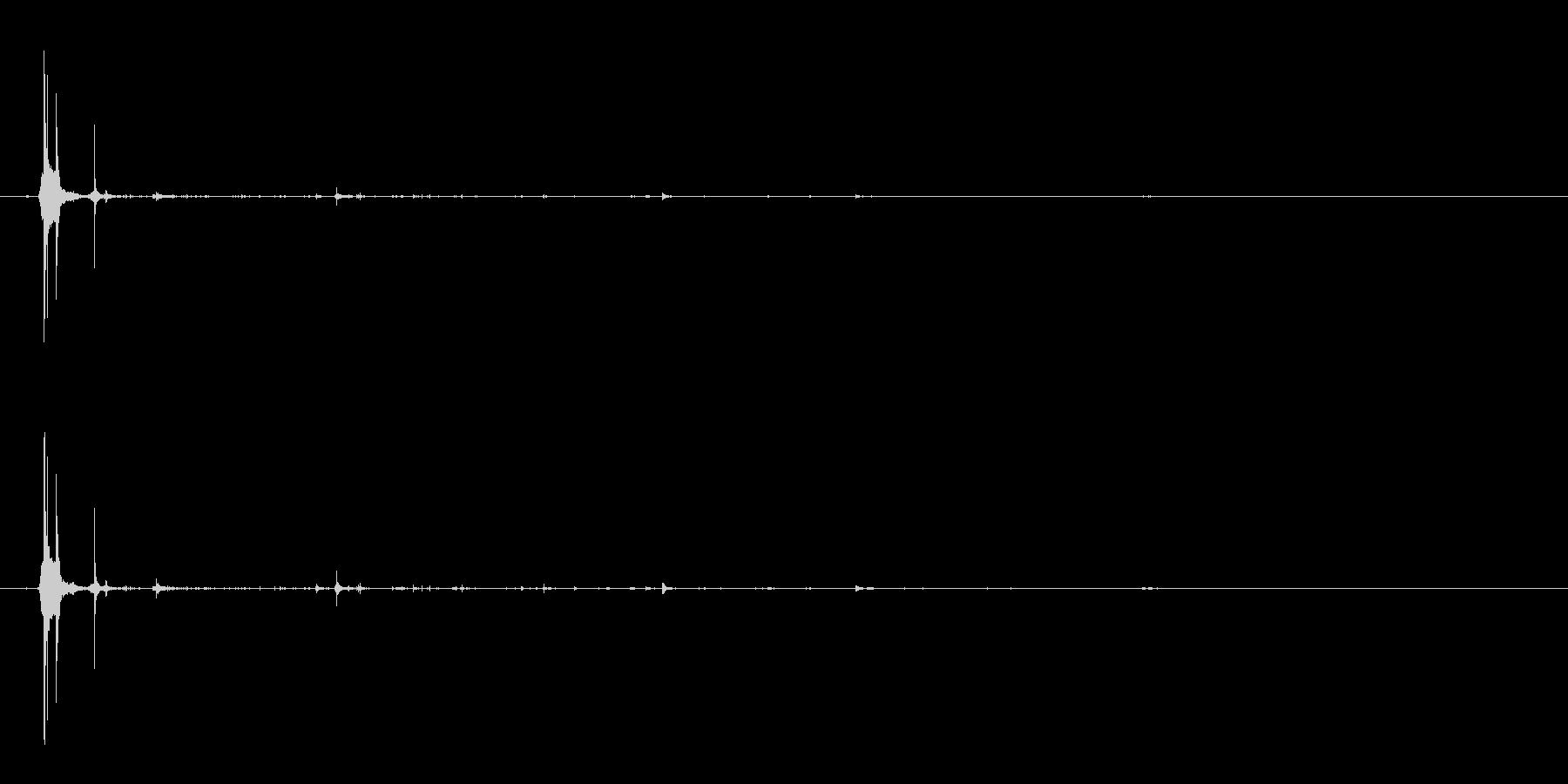 パリーン(氷を割る音)の未再生の波形