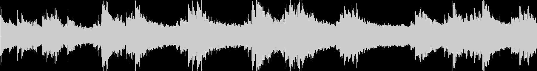 ミステリアスで不穏なピアノアンビエントの未再生の波形