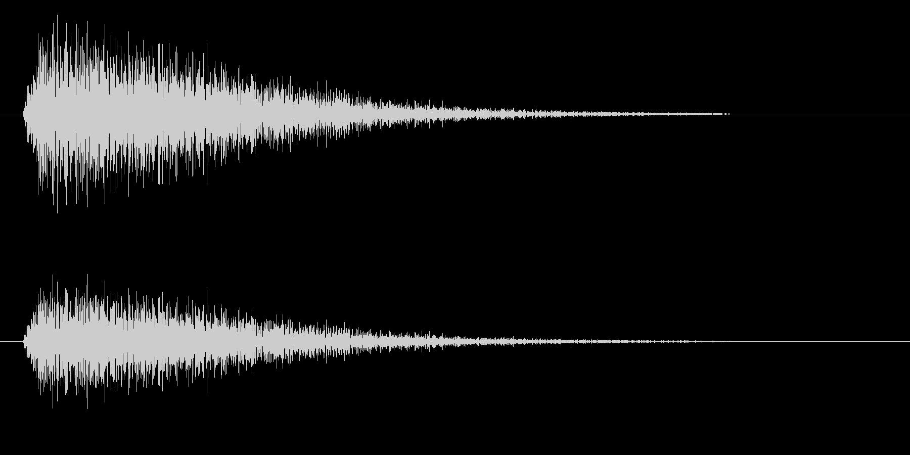 ジンというシンバルの高い音の未再生の波形