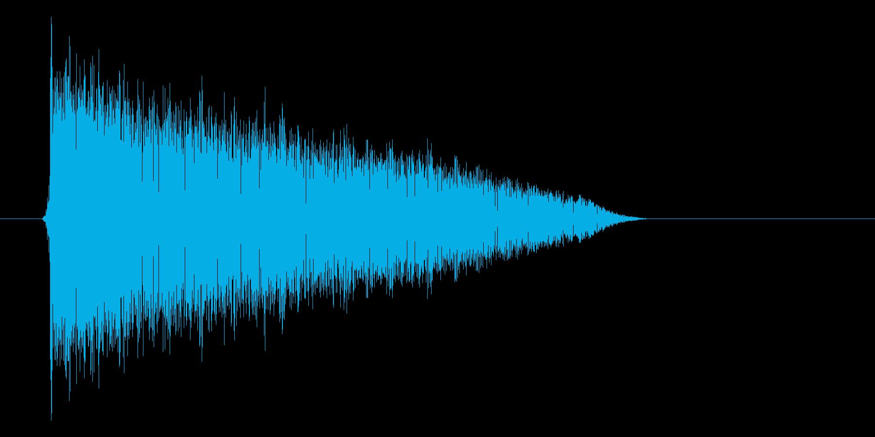 ゲーム(ファミコン風)爆発音_030の再生済みの波形