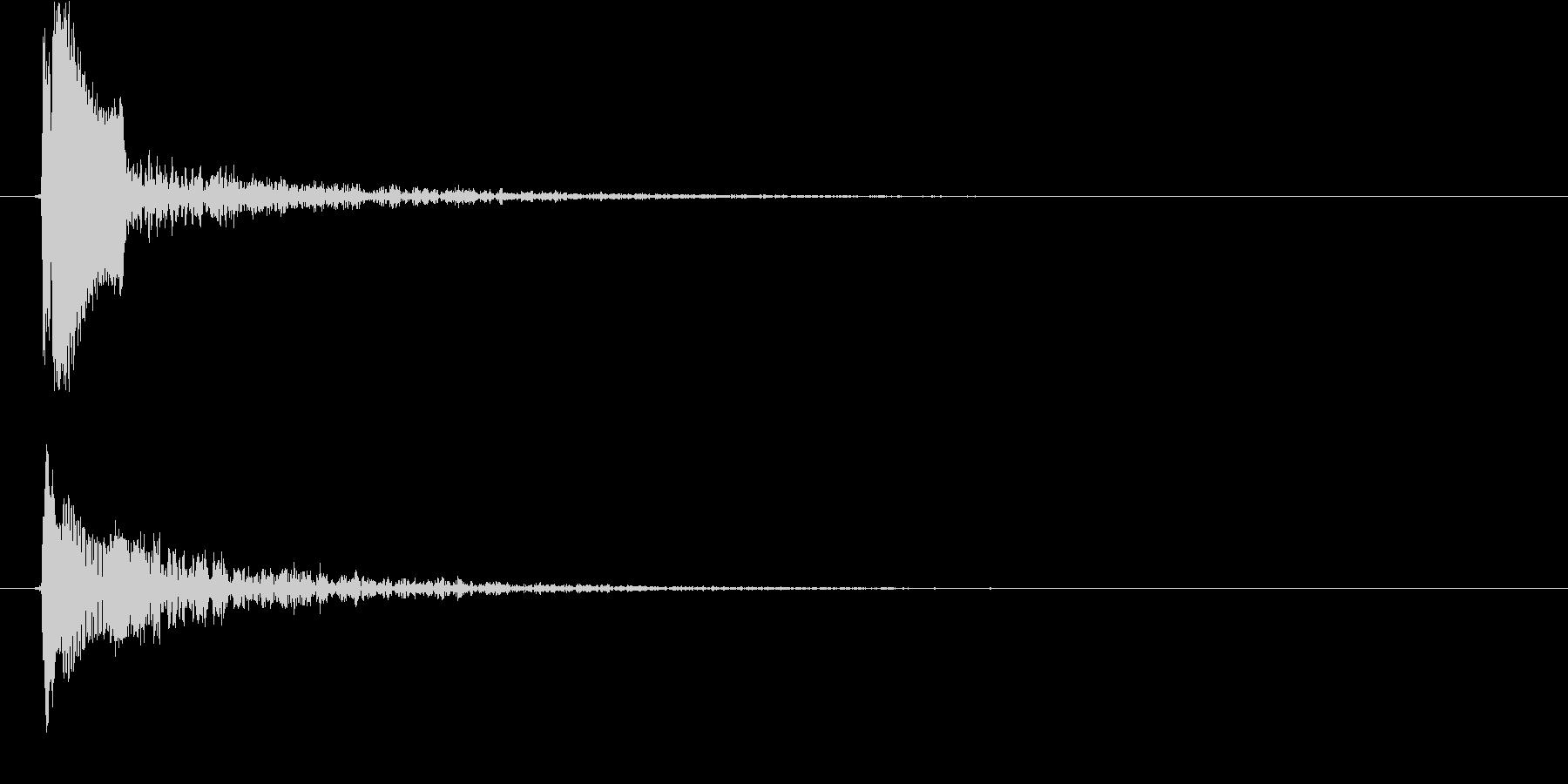 ピョイ(決定音、ポップ、低め)の未再生の波形