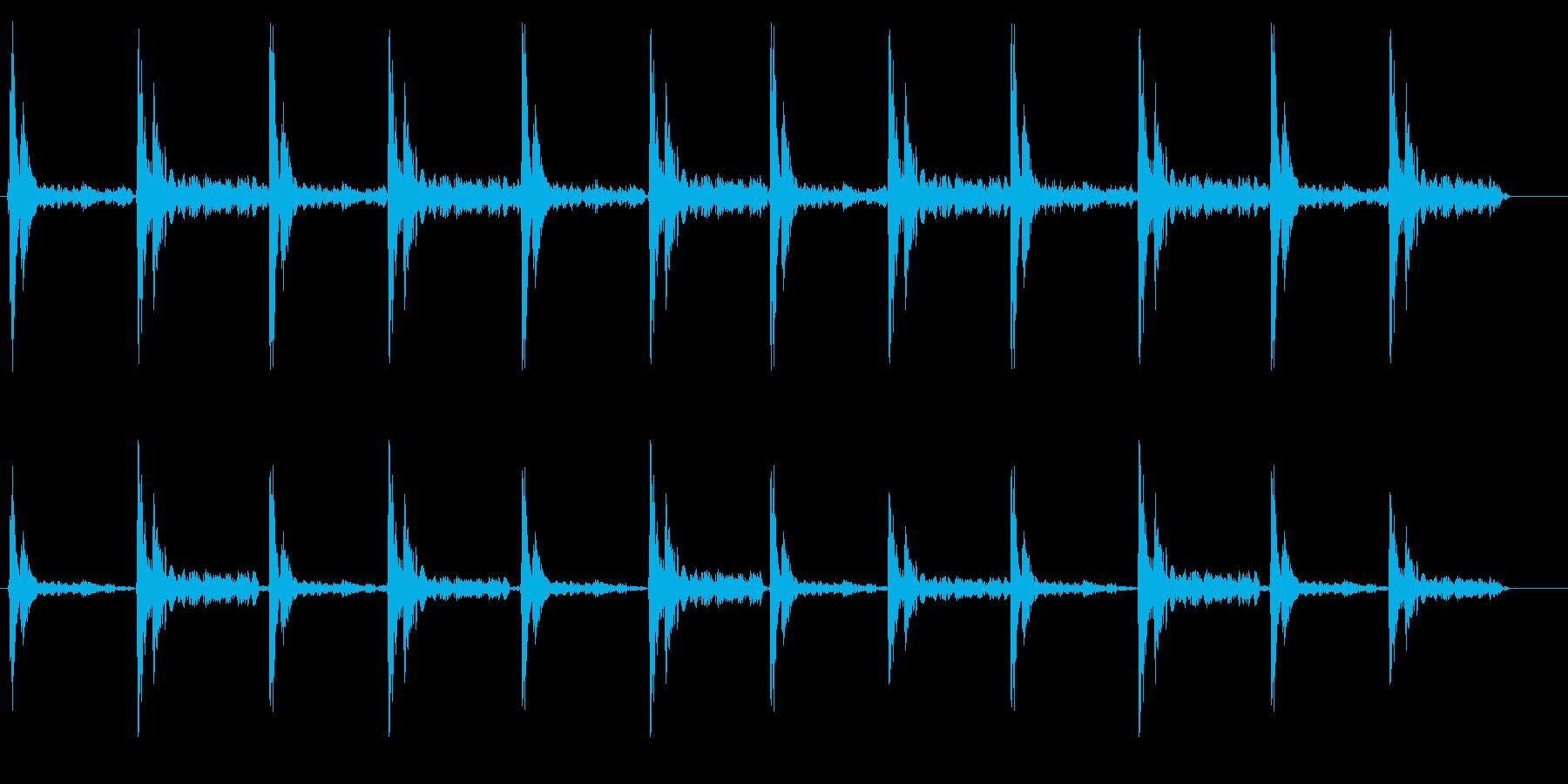 カタカタ(下駄の音)の再生済みの波形