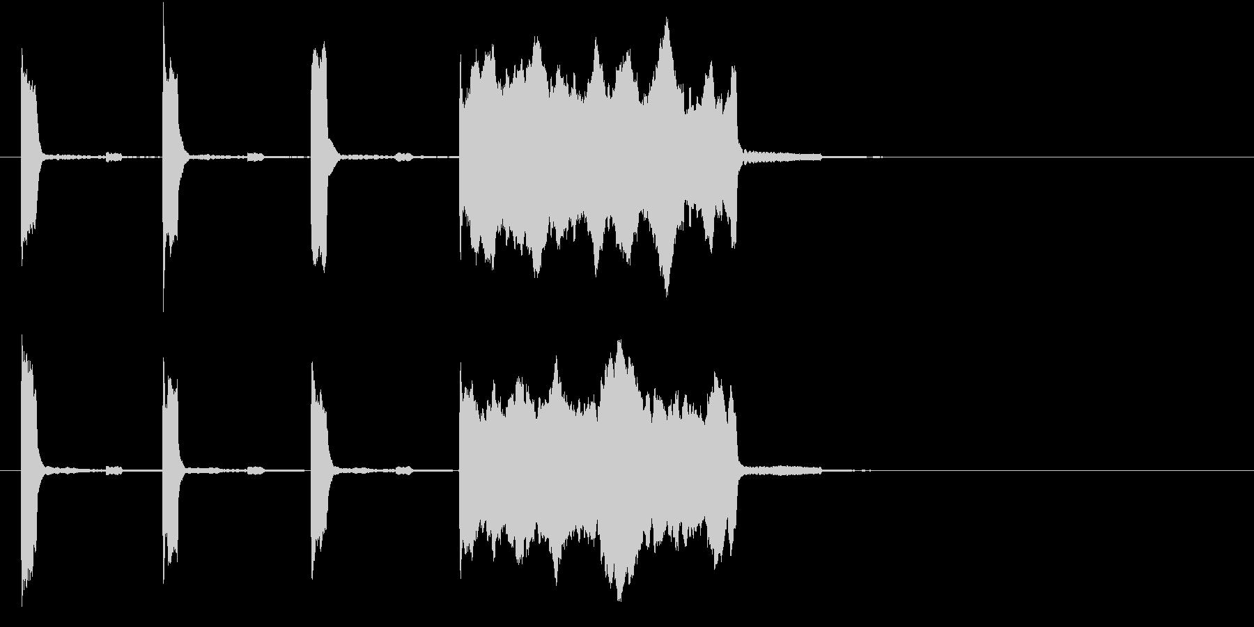 高音の時報(ピッピッピッピー)の未再生の波形