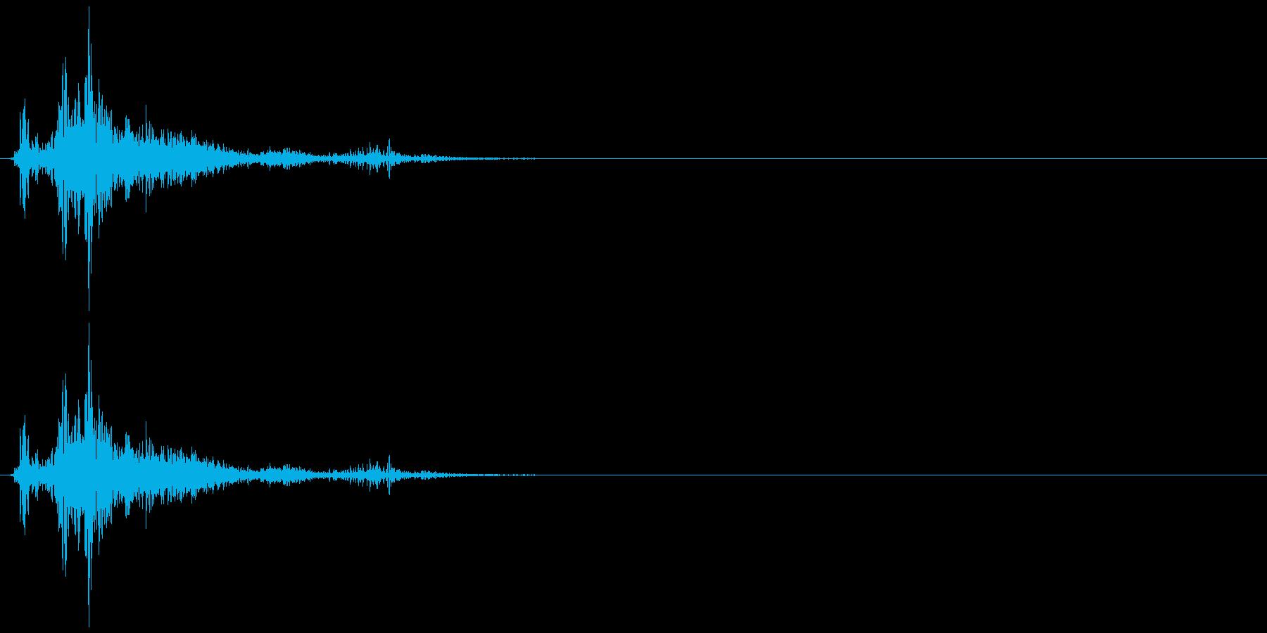 ドサッ(人が倒れる音)03の再生済みの波形