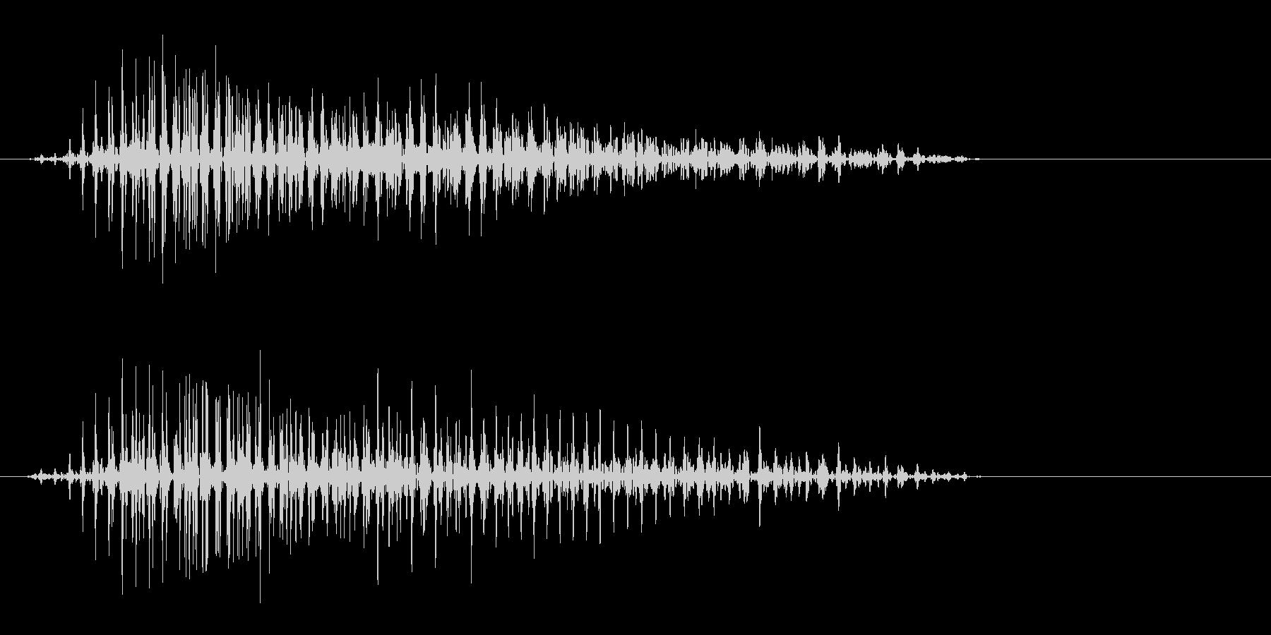 ヴゥン(上から下へ落ちる決定音)の未再生の波形