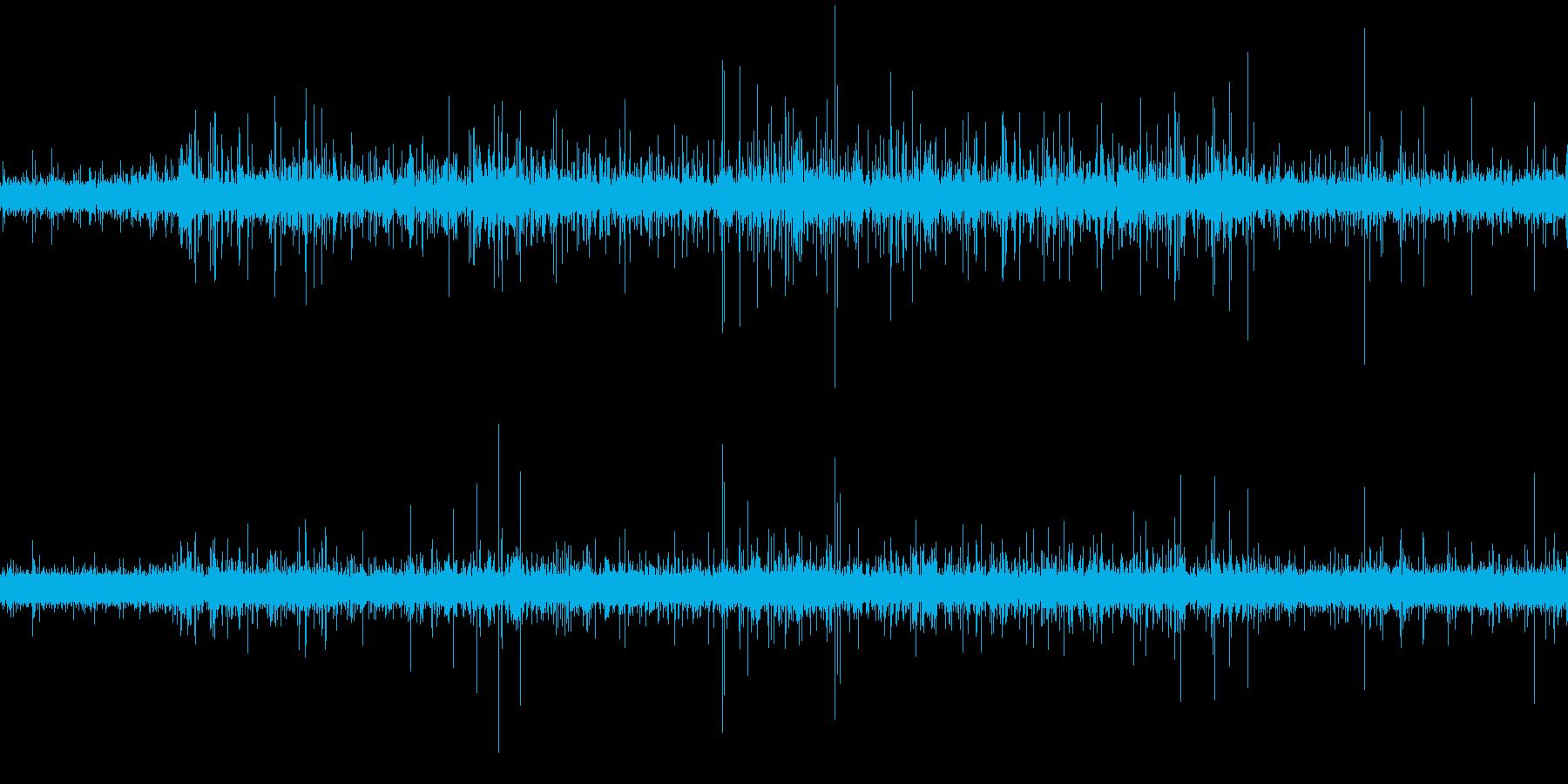 ちょろちょろ (ゆるやかな水流)の再生済みの波形