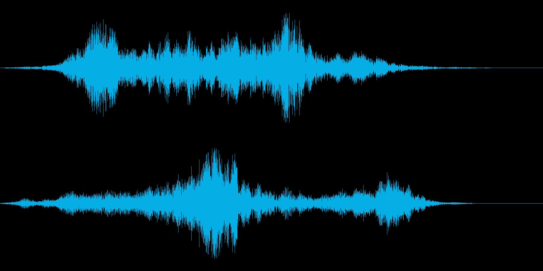 静かで透明感のある神秘的な曲の再生済みの波形