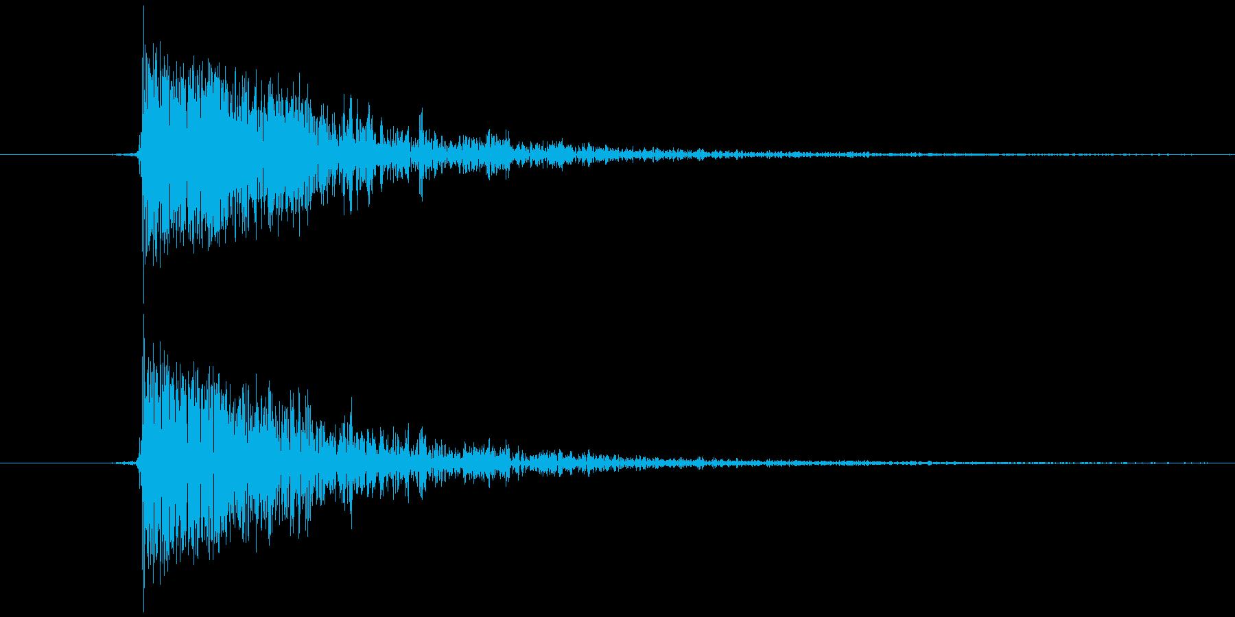 静電気、電気電流が走る(チッ) Bの再生済みの波形